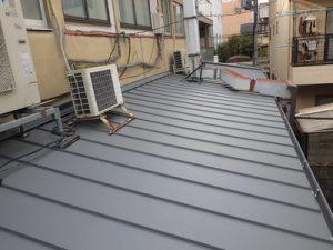 施工後ガルバリウム鋼板設置